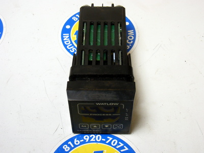 Watlow 965 Series 965A-3CA0-00RG Temperature Controller